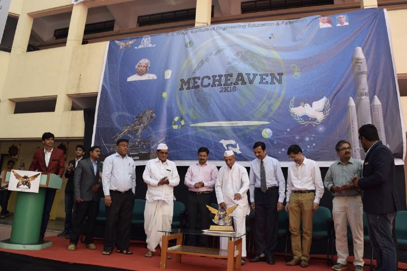 Mechevan16.
