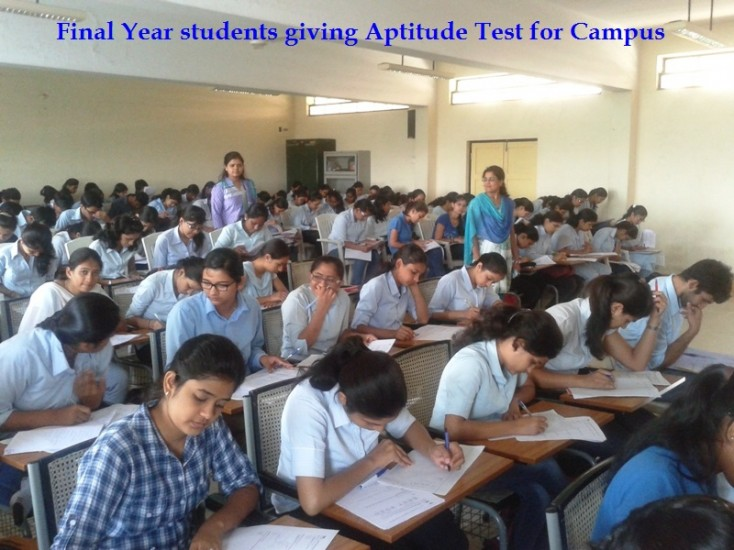 Final Year studnets giving Aptitude Test for Campus