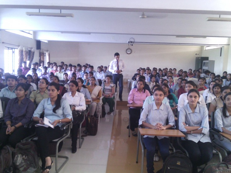 L&T Pre-Placement Talk in K K Wagh