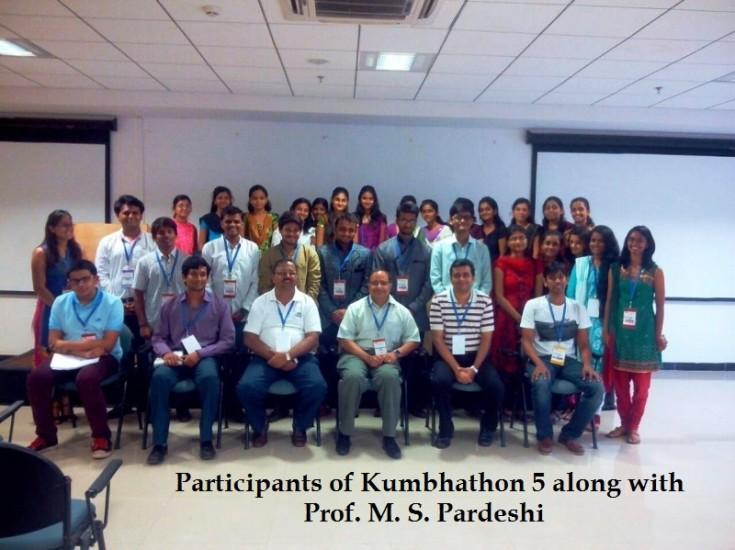 Participants of Kumbhathon 5 along with Prof. M. S. Pardeshi