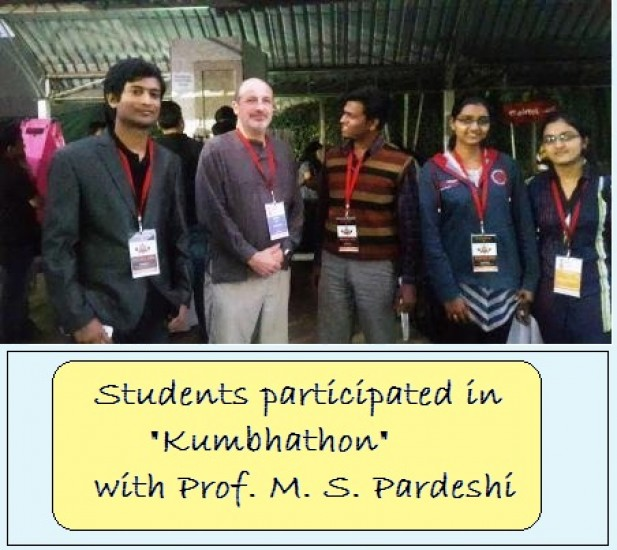 Students receiving prize  in Kumbhathon